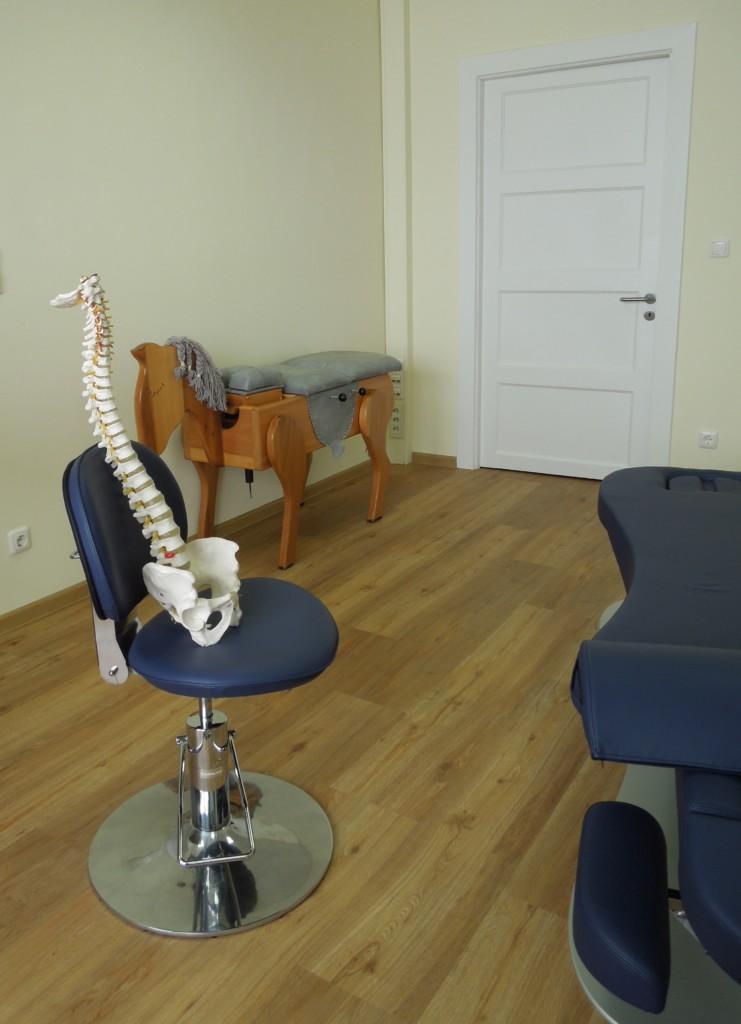 Rückenschmerzen, Kopfschmerzen, Chiropraktik, Chiropraktor, Nackenschmerzen, Fußschmerzen